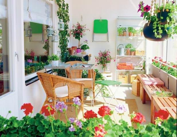 Зимний сад медленно, но верно становится такой же неотъемлемой частью загородного дома, как гараж или камин