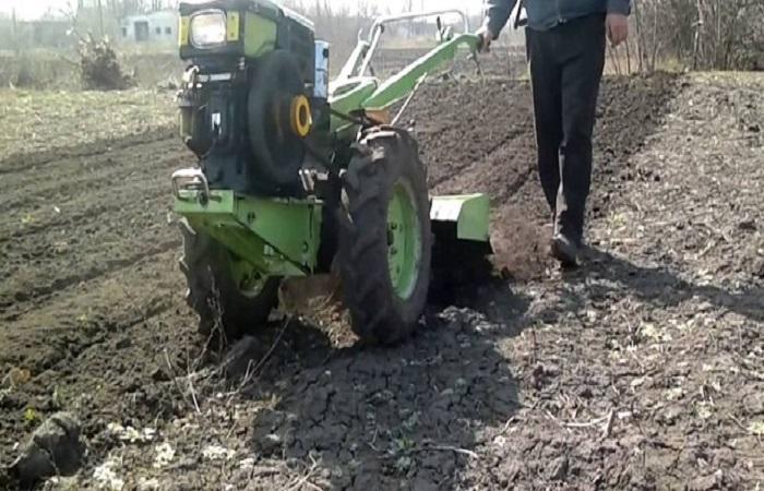 работа над землей
